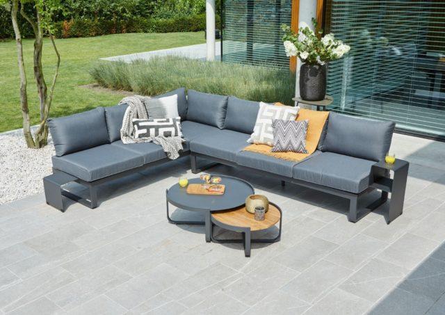Jakie meble wybrać, aby ogrody nowoczesne zyskały wspaniały charakter?